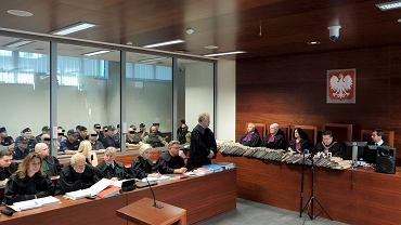 Proces w sprawie zabójstwa Iwony Cygan w sądzie w Rzeszowie. Oskarżeni za specjalną szybą