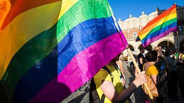 Manifestacja 'Solidarność Naszą Bronią'  zorganizowana przez środowiska lewicowe oraz LGBT i KOD, 30.07.2017 Kraków.