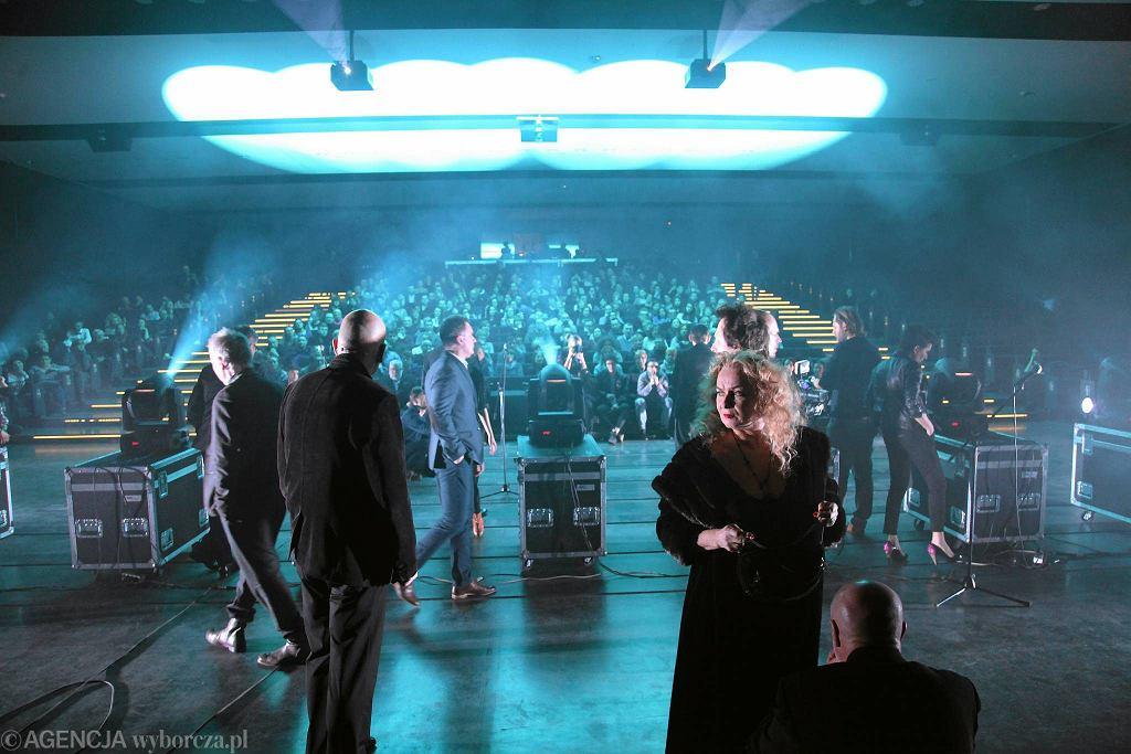 'Kształty stałe' w reżyserii Łukasza Twarkowskiego, spektakl Teatru Polskiego w Podziemiu / MIECZYSŁAW MICHALAK