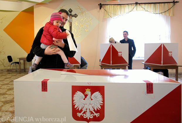 Wybory samorządowe 2018. Ile można zarobić, pracując w komisji wyborczej?