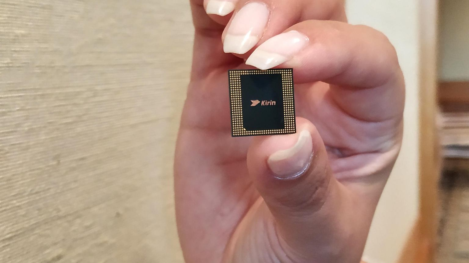Kirin 980 officially shown  It is the fastest mobile