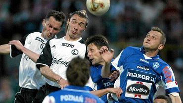Finał Pucharu Polski 2004, Lech Poznań - Legia Warszawa, był pokazywany w ogólnopolskiej telewizji. Transmisja pomogła Lechowi znaleźć sponsorów na koszulki. W ostatniej chwili do firmy Maxer (dawniej Energopol-7) dołączyły Morliny.
