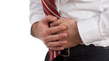 Ból podbrzusza nie musi sygnalizować problemów z układem pokarmowym