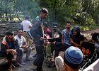 Wolontariusze pomagają uchodźcom. Porzucili łatwe życie, żeby zburzyć mur