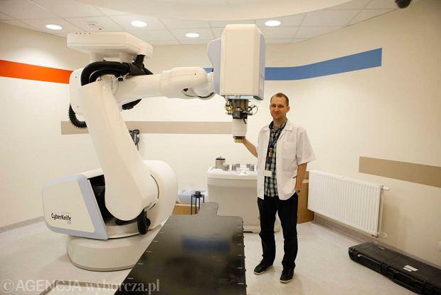 CyberKnife (chirurgia cybernetyczna), czyli usunąć guza nowotworowego bez skalpela i bólu