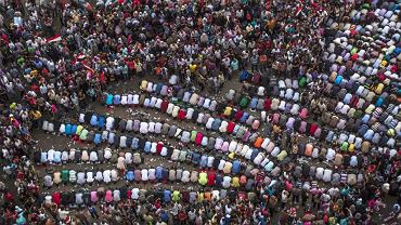 Kair, modły na Palcu Tahrir
