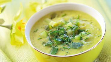 Zupa cukiniowa z rozmarynem