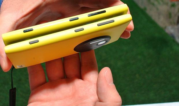 Nokia Lumia 1020 vs Nokia Lumia 920