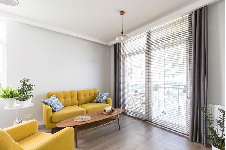 Jak dobrać sofę do małego mieszkania?
