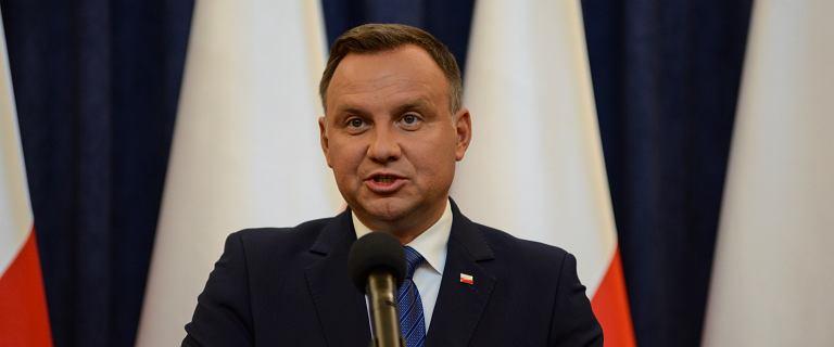 Historyk nie przyjął medalu od Andrzeja Dudy. ''Sprzeniewierzył się Pan przysiędze''