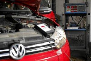 """VW naprawi """"oszukuj�ce"""" auta w Polsce. Z salon�w i importu"""