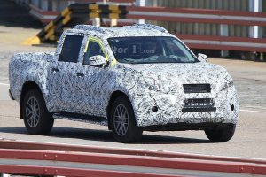 Prototypy | Pickup Mercedesa ju� na drogach