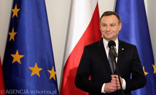 Prezydent Duda przeciwny j�zykowi mniejszo�ci w urz�dach. Niemcy i Kaszubi: Absurd