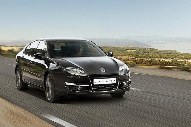 Renault Lagunę 2.0 z 2012 r. oferowano z 25-proc. rabatem.