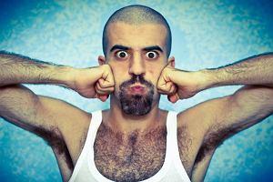 Włosy łonowe mają pomagać w prokreacji. A te pod pachami?...