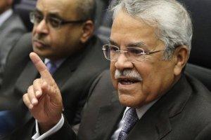 """Algieria ��da ograniczenia produkcji ropy. """"�wiat nie mo�e si� doczeka� podwy�ki cen"""""""