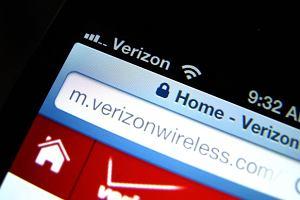 Rząd USA kontroluje rozmowy telefoniczne milionów abonentów sieci komórkowej Verizon