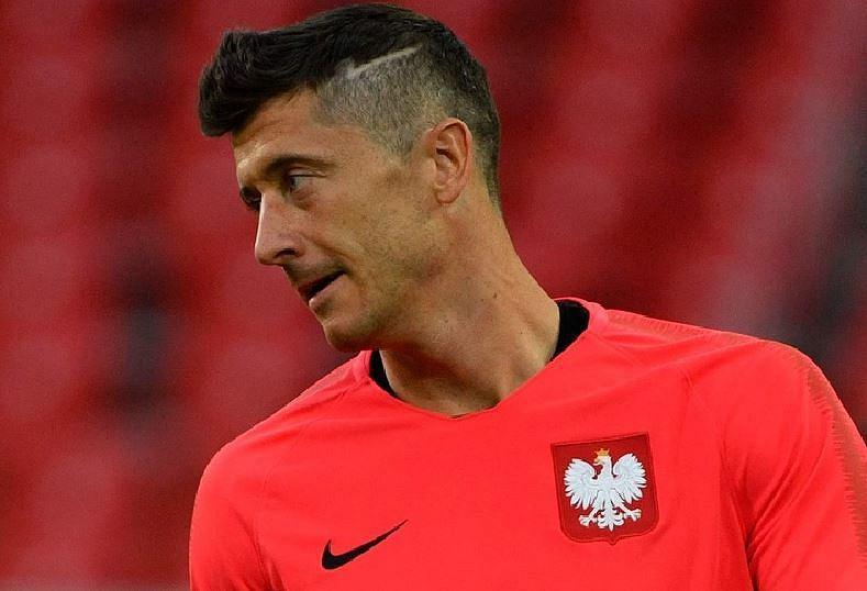 Robert Lewandowski Znów Zmienił Fryzurę Tym Razem Nie Farbował
