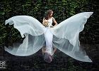 Cudowne suknie, bajkowe welony i ostatnie chwile przed ślubem. Oto najlepsze zdjęcia panien młodych roku