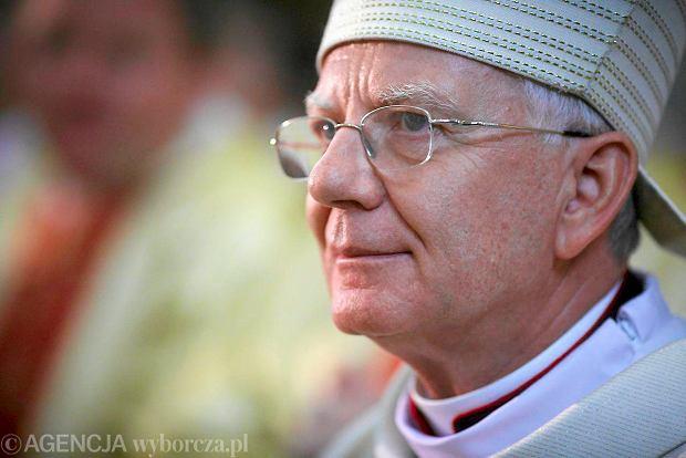 Arcybiskup Marek Jędraszewski został nowym metropolitą łódzkim. W sobotę odbył się jego uroczysty ingres do bazyliki archikatedralnej