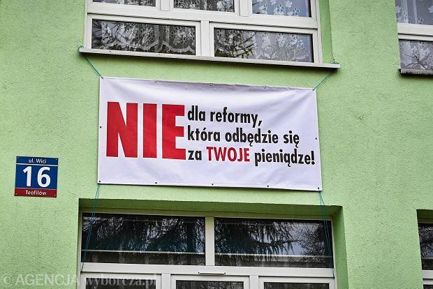 Likwidacja gimnazjów. Łódzcy radni przeciwni reformie