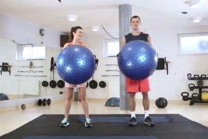 Gym Break: 10-minutowy fat burning z piłką