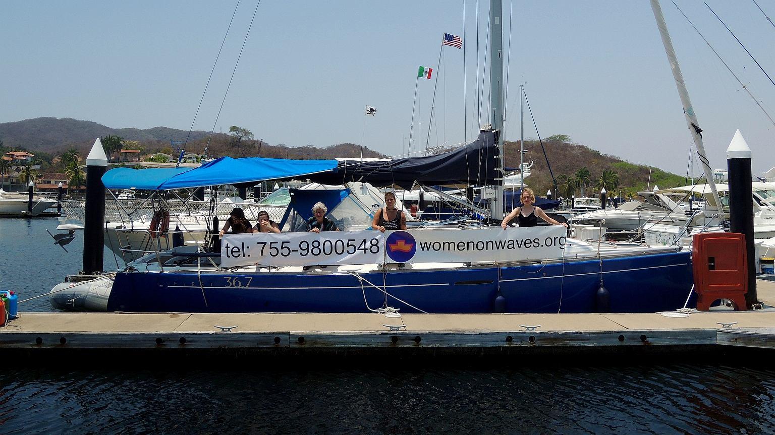 Jacht organizacji Women on Waves