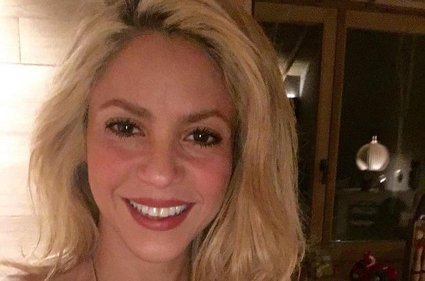 Mało kto pamięta, że Shakira na początku swojej kariery miała rude włosy. Teraz wróciła do tego koloru na potrzeby nowego projektu.