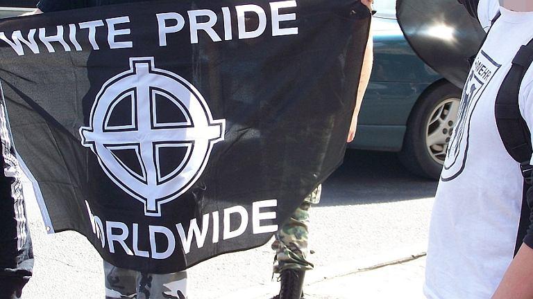 Flaga ruchu White Pride