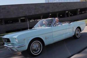 Pierwszy sprzedany Ford Mustang | WIDEO