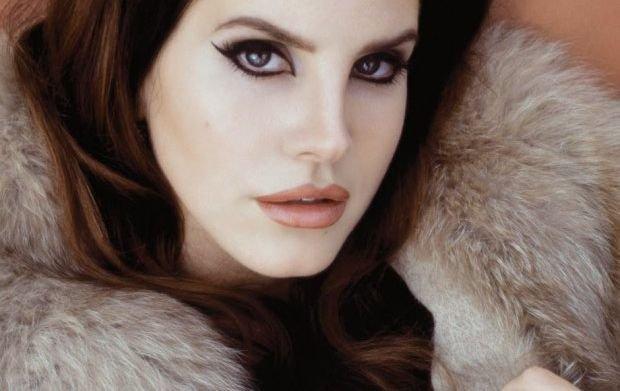 Lana Del Rey ujawniła datę premiery swej trzeciej płyty.