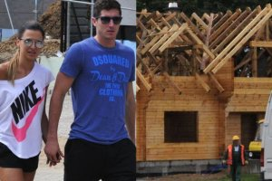 Robert Lewandowski buduje dom na Mazurach nad samym jeziorem. Zobacz zdj�cia