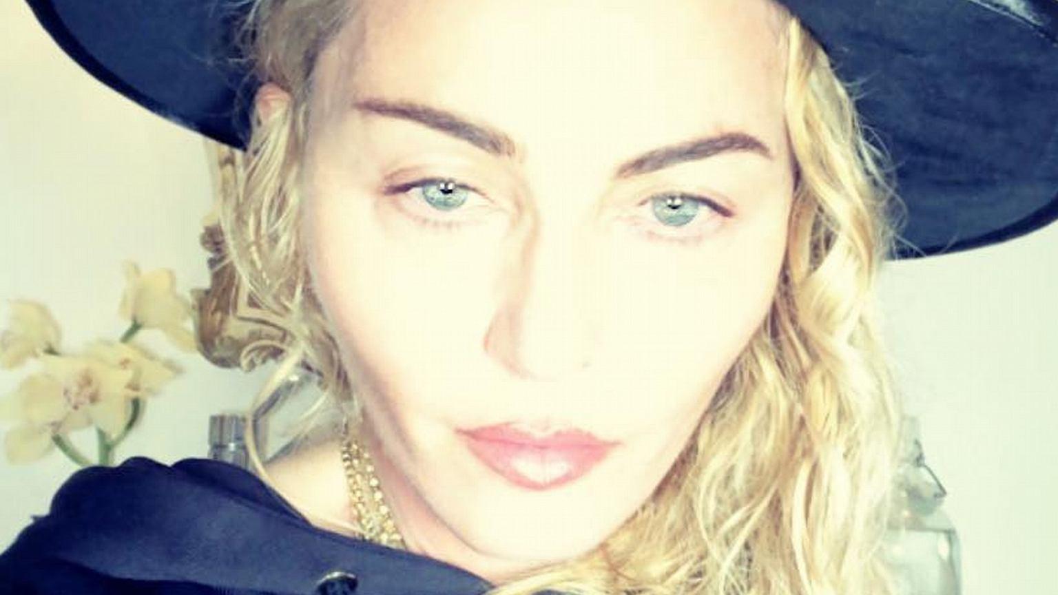 Madonna pozuje ze wszystkimi swoimi dziećmi. Dodała na Instagram wyjątkowe zdjęcie