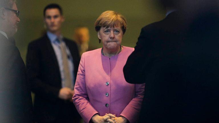 Merkel spotkała się z krytyką