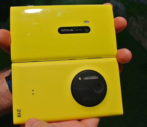Lumia 920 (na górze) vs Lumia 1020 (na dole)
