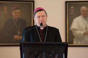 """Biskupi o uchodźcach: """"Jezus potępia zaniechanie dobra"""". """"W uchodźcach jest twarz Chrystusa"""""""