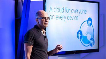 Strategia Satyi Nadelli - prezesa Microsoft - zdaje się sprawdzać. Chmura na każdym urządzeniu przynosi dochody