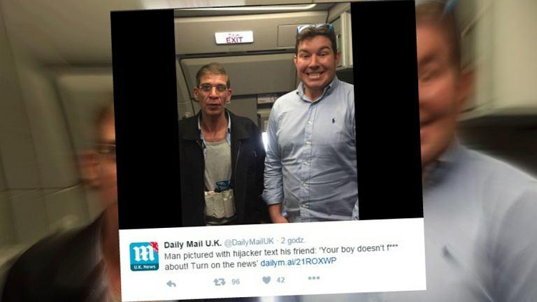 Selfie z porywaczem samolotu