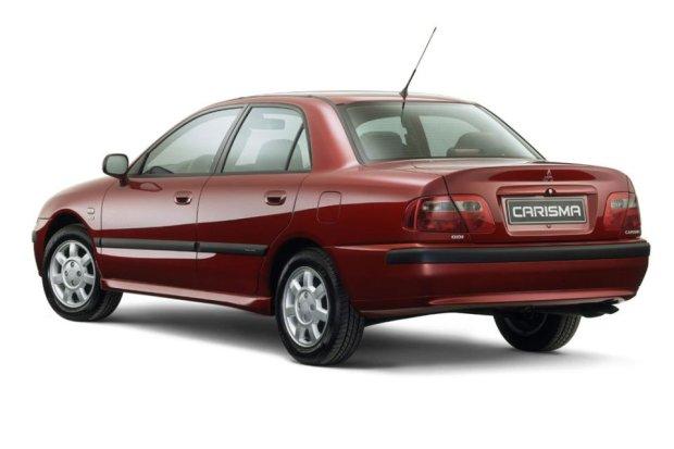 Mitsubishi Carisma 4D