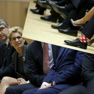 Nigdy nie zgadniecie, kt�ry premier nosi takie skarpetki