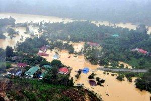 Tragiczna powódź w Malezji. 160 tysięcy osób straciło domy