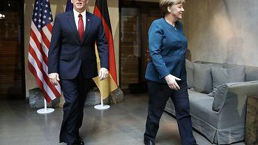 Angela Merkel i Mike Pence