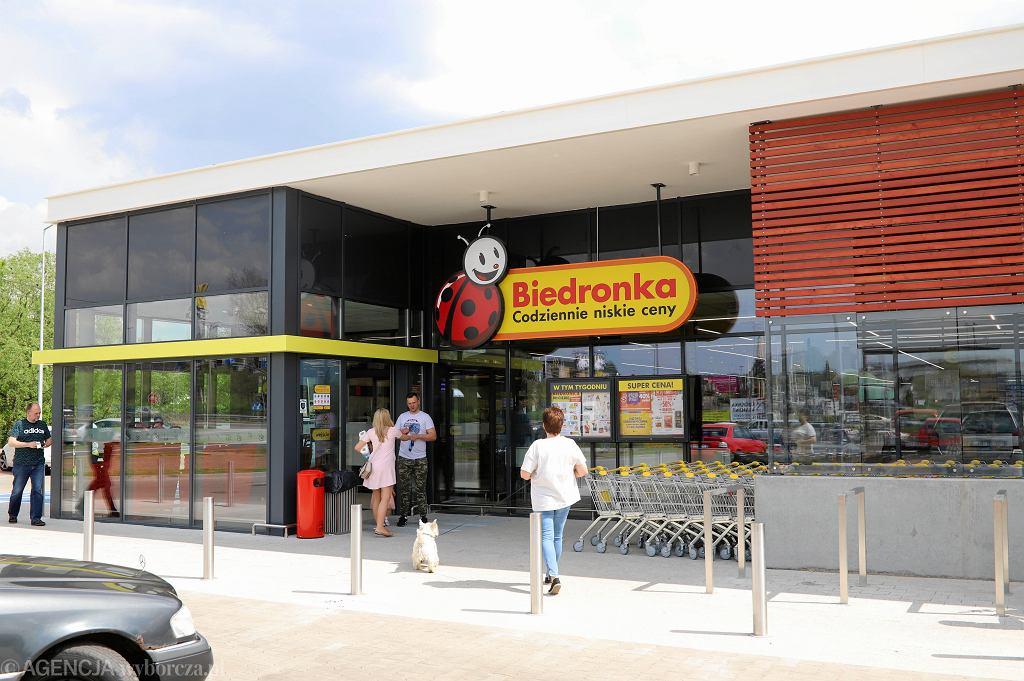 Niedziele handlowe 2018. Czy 1 lipca sklepy będą otwarte?