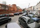 Parkowanie w Warszawie. Po zmianach przepisów będzie się opłacało zapłacić karę