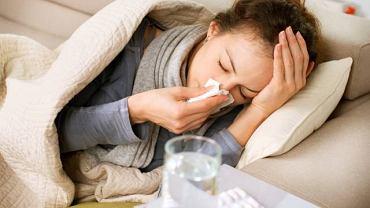 Najlepszym i najskuteczniejszym sposobem na uniknięcie zachorowania na grypę jest szczepienie