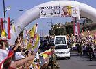 Papież apeluje o pokój, libańczycy demolują amerykańskie restauracje
