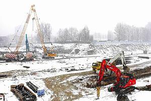 Budowa dworca ��d� Fabryczna. Zaczynaj� przebudow� dr�g