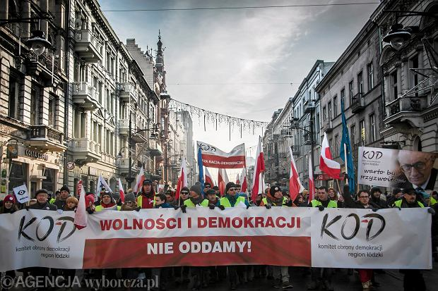 Demonstracja KOD w Łodzi