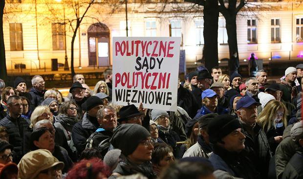 Protest 3xW - Wolne sady, wolne wybory, wolna Polska. Szczecin 24.11.2017