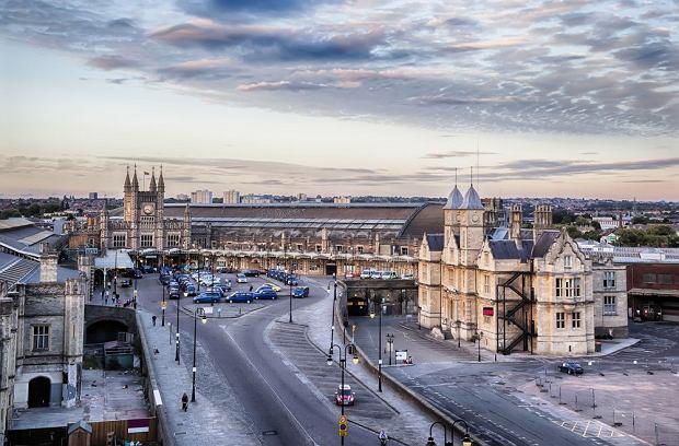 Bristol Station Square / fot. Shutterstock